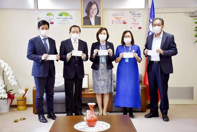 世華日本分會寄附防疫用品 橫濱中華學院校長讚患難見真情