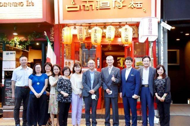 關東僑團援贈口罩抗疫 惠庭市議長赴京感謝